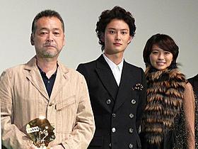 家族に感謝の言葉を述べた岡田将生「アントキノイノチ」