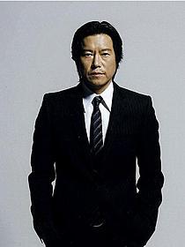 二宮和也と初共演を果たす豊川悦司「プラチナデータ」