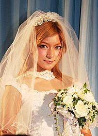 結婚は30歳が理想のローラ「トワイライト・サーガ ブレイキング・ドーン Part 1」