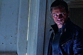ジェレミー・レナー演じる新主人公ケネス・キットソン「ジェイソン・ボーン」