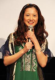 軽妙なトークで舞台挨拶を盛り上げた吉高由里子「僕等がいた 前篇」