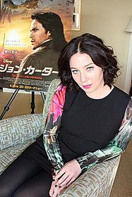カーター役のテイラー・キッチュも出演した 「ウルヴァリン:X-MEN ZERO」で、 主人公ローガンの恋人ケイラを演じて注目女優に