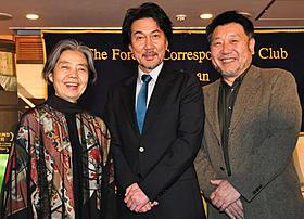 会見に出席した樹木希林、役所広司、原田眞人監督「わが母の記」