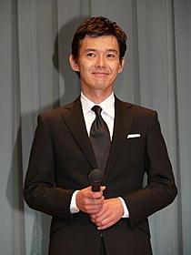 渡部篤郎、ソウルでK-POPアイドルを出待ち?「外事警察 その男に騙されるな」