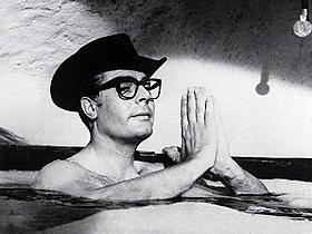 「81/2」の一場面「道(1954)」