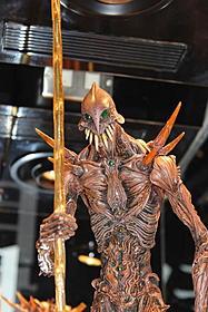 撮影で使われた巨神兵と同デザインのモデル「ヱヴァンゲリヲン新劇場版:Q」