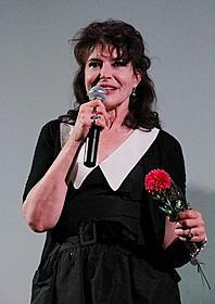変わらぬ美しさで観客を魅了したファニー・アルダン「日曜日が待ち遠しい!」
