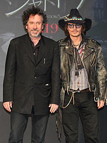 会見したジョニー・デップとティム・バートン監督「ダーク・シャドウ」