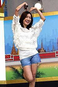 タイの人気女性アイドル「Newwy(ニウィ)」