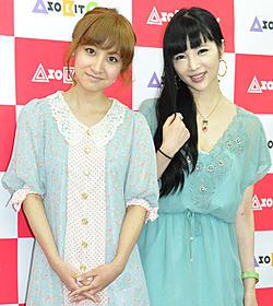 トークイベントを行った森下悠里(右)と木口亜矢「+1(プラスワン)」