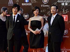 上海映画祭に出席した堺雅人、広末涼子、内田けんじ監督「鍵泥棒のメソッド」