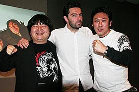 イベントに出席した(左から)井口昇監督 ジュリアン・モーリー監督、山口雄大監督「リヴィッド」