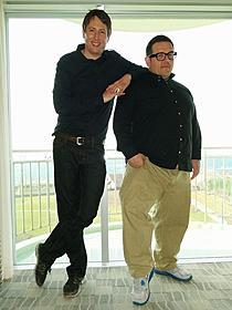 ニック・フロスト(右)とジョー・コーニッシュ監督「アタック・ザ・ブロック」