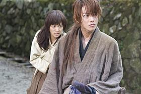 「るろ剣」がサッカー日本代表戦とコラボ「るろうに剣心」