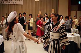 迫真の演技をみせた小泉今日子と荻野目慶子