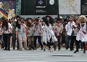 渋谷にアンデッド(ゾンビ)の大群が出現!「バイオハザード」