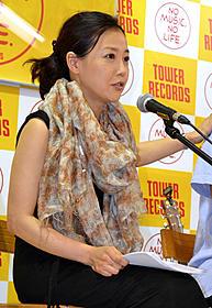 「夢売るふたり」のメガホンを とった西川美和監督「夢売るふたり」