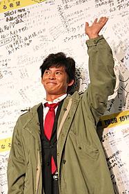 最後の挨拶をする織田裕二「踊る大捜査線 THE FINAL 新たなる希望」