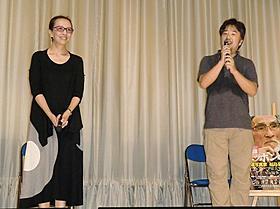 トークセッションを行ったヤン・ヨンヒ監督と長谷川三郎監督「かぞくのくに」