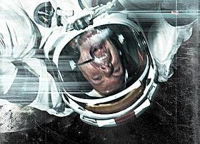 """存在しないはずの""""アポロ18号""""が月面で遭遇する事件とは!?「アポロ18」"""