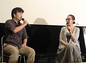 トークショーを行った長谷川三郎監督とヤン・ヨンヒ監督「かぞくのくに」