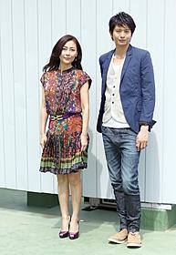 カップルを演じた中山美穂と向井理「新しい靴を買わなくちゃ」