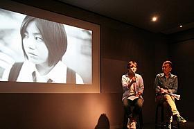 トークイベントに出席した小林啓一監督と矢田部吉彦氏「ももいろそらを」