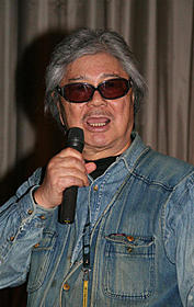 「海燕ホテル・ブルー」舞台挨拶に登壇した若松孝二さん (2012年3月撮影)「千年の愉楽」