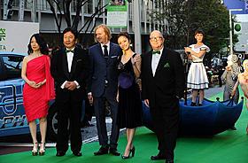 25回目を迎える映画の祭典、華やかに開幕!「シルク・ドゥ・ソレイユ3D 彼方からの物語」