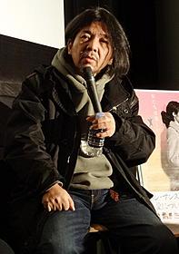 トークイベントを行った劇作家の宮沢章夫「ハハハ」