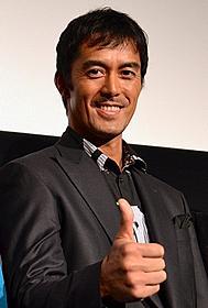 「カラスの親指」に主演した阿部寛「カラスの親指」