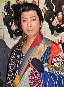 勘三郎さんの死を悼んだ市川猿之助「助太刀屋助六」