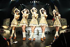 満員の赤坂BLITZでクリスマスライブを行った9nine「スタードライバー THE MOVIE」