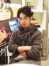 逢坂剛原作のサスペンス映画に出演した北村一輝「ナイトピープル」