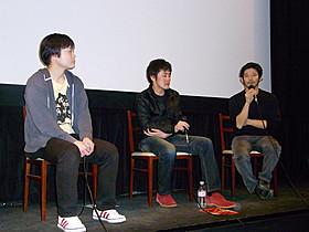 トークイベントを行った山崎樹一郎監督(右)と木村文洋監督(中)「ひかりのおと」