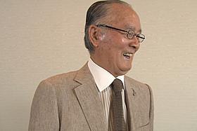 地道なリハビリに励む様子も公開した長嶋茂雄氏