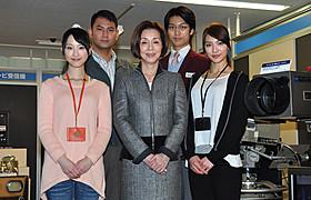 NHKのスタッフが幽霊退治に奮闘!