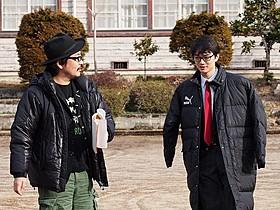 「みんな!エスパーだよ!」撮影時の染谷将太と園子温監督「ヒミズ」