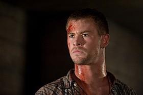 恐怖に見舞われる大学生役を演じたクリス・ヘムズワース「キャビン」