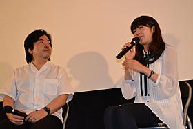 トークショーを行った樋口尚文監督と寺島咲「インターミッション」