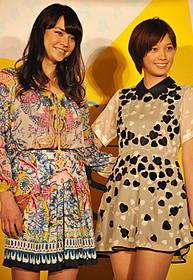 台湾でも大人気の本田翼(右)と加賀美セイラ「FASHION STORY Model」