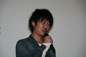 トークショーに出席した新井浩文「ぼっちゃん」