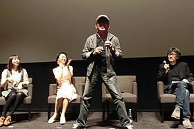 人生初の舞台挨拶に立った石丸博也「ライジング・ドラゴン」