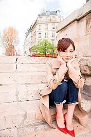 デビュー10周年で初のオリジナル写真集を刊行する北川景子
