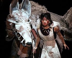 舞台版「もののけ姫」ゲネプロでの一場面「もののけ姫」
