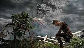 「人類が住めなくなった1000年後の地球」を舞台に 描かれる決死のサバイバル「アフター・アース」