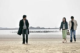 「浜辺の女」の一場面「3人のアンヌ」