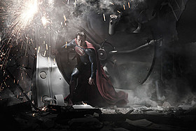 初登場1位を飾った「マン・オブ・スティール」「スーパーマン」