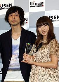 """USENの上半期J‐POPヒットランキングで 1位に輝いた男女2人組ユニット""""Salley""""「赤い靴」"""