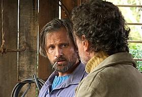 1人2役で双子役に挑んだビゴ・モーテンセン「偽りの人生」